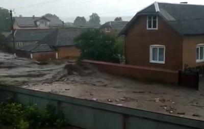 У Тернопільській області паводок затопив село
