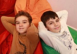 Корреспондент: Ясли для миллионеров. Родители и целая индустрия готовят маленьких киевлян зарабатывать миллионы