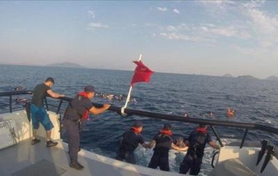 Біля берегів Туреччини затонуло судно з мігрантами: 12 жертв