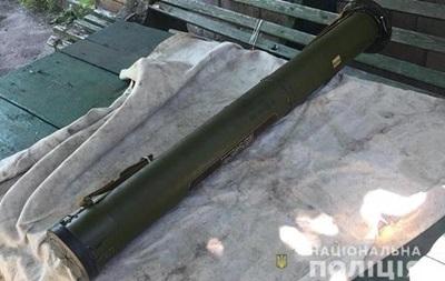 У жителя Марганця знайшли гранатомет і гранати