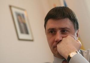 Кириленко о языковом законе: Янукович привык толкать, пробивать с кровью и железом свое решение