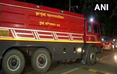 В Індії загорівся есмінець- невидимка , є жертви
