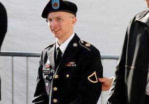 Помогавший Wikileaks Брэдли Мэннинг сожалеет о вреде США