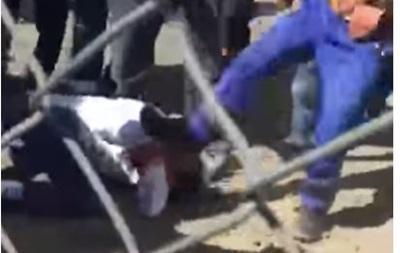 У Казахстані через бійку робітників зупинили будівництво заводу