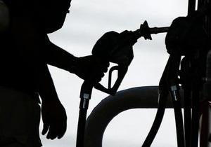 Работник киевской автомойки продавал несуществующие талоны на топливо