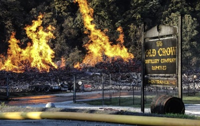 В США случился пожар на складе известной марки виски