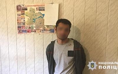 В Черкасской области полицейского тяжело ранили ножом