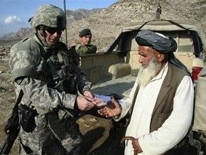 Обама согласился отправить в Афганистан четыре тысячи военных инструкторов