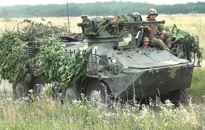 На Донбассе за день семь обстрелов, двое раненых