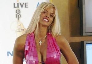 О жизни звезды Playboy Анны Николь Смит поставят спектакль