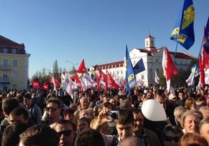 В Батьківщине заявляют о пяти тысячах собравшихся на акцию Вставай Украина в Чернигове