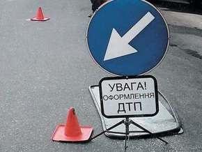 В Крыму автобус с 20 людьми упал со склона и  лег на крышу