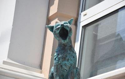 В Одессе появилась скульптура  поющих  котов