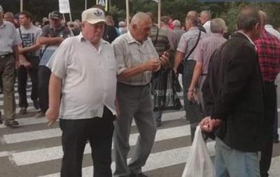 Працівники ТЕЦ перекрили трасу під Львовом, вимагаючи підвищити зарплати