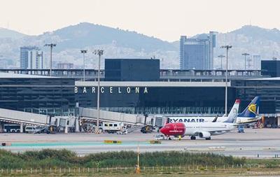В аэропорту Барселоны массово отменяют рейсы из-за забастовки
