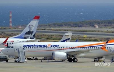 У Празі здійснив екстрену посадку літак