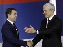 Медведев: Россия будет придерживаться позиции о единой Сербии