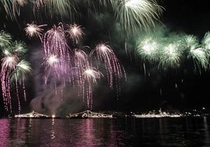 Фотогалерея: Свистать всех наверх! Как Севастополь праздновал День ВМФ России