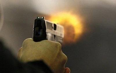В Умани неизвестные обстреляли авто преподавателей университета