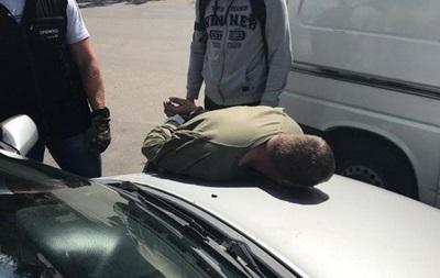 СБУ затримала торговця зброєю у Вінницькій області