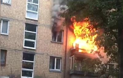 У Києві сталася пожежа у квартирі, є жертви