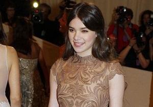 Звезда фильма Железная хватка стала лицом одного из брендов Prada