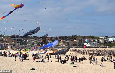 В Австралії проходить фестиваль повітряних зміїв