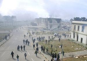 СМИ: В Триполи прогремела серия взрывов