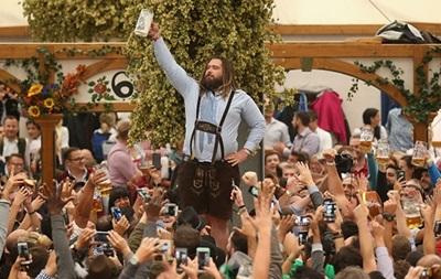 У Мюнхені стартував фестиваль пива Октоберфест