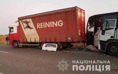 Ще одна ДТП з автобусом в Україні: троє загиблих