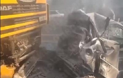 Масштабна ДТП під Києвом: зіткнулися сім авто
