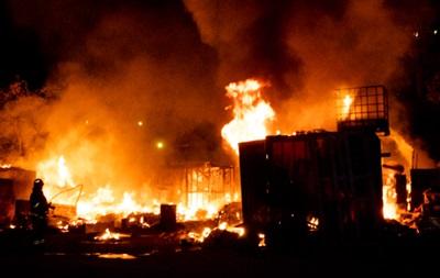 В Киеве горел гаражный кооператив