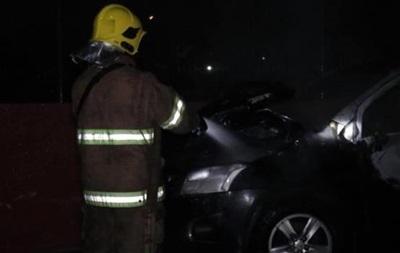На выходных в Киеве сгорело два автомобиля