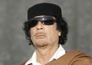 Ангола предложила Каддафи политическое убежище
