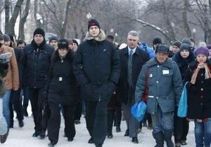 Прохоров возмущен применением силы на Пушкинской площади