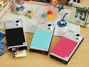 В Японии появилась фотокамера-принтер