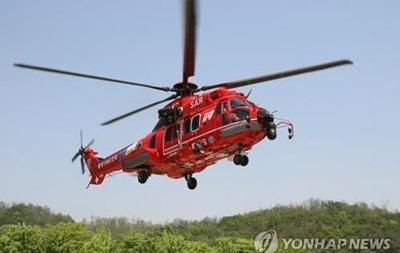 Южнокорейский вертолет упал в море