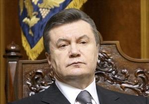 Янукович уволил послов Украины в двух странах
