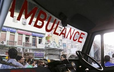 В Індії сплячого чоловіка заживо поховали на будівництві