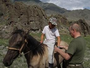 Во время отпуска Путин познакомился с мальчиком и подарил ему свои часы