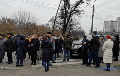 У Києві перекрили проспект через відсутність опалення