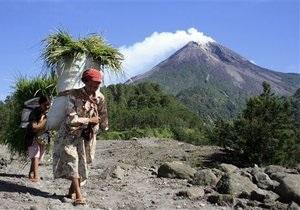 Индонезия начала эвакуацию населения вблизи вулкана Мерапи