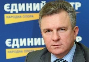 Глава партии Балоги призвал Януковича отдать должность премьера Ющенко