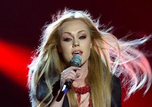 СМИ: Певица Alyosha попала в аварию