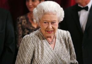 Королева Великобритании обратится к нации в формате 3D