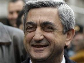 Президент Армении прибыл в Турцию на футбольный матч между сборными двух стран