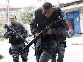 Более 30 человек погибли в столкновениях наркоторговцев и полиции в Рио