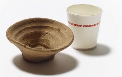 У Британському музеї виставлять перший у світі одноразовий посуд