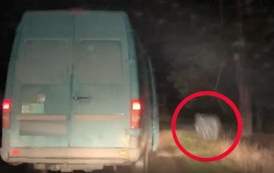 Прикордонники показали гонитву за контрабандистами