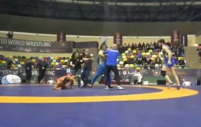 На турнире по борьбе украинец и грузин спровоцировали массовую драку